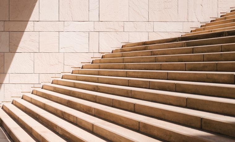 image de fonds escaliers